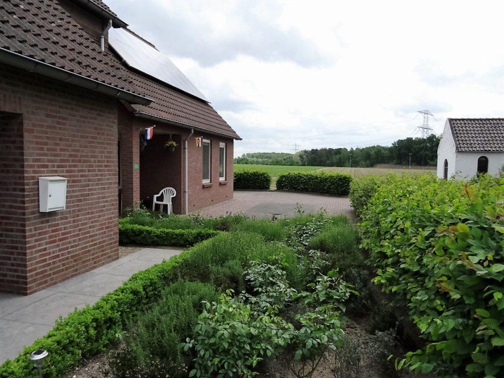 b&b limburg te koop nederland leudal haelen roermond b&b