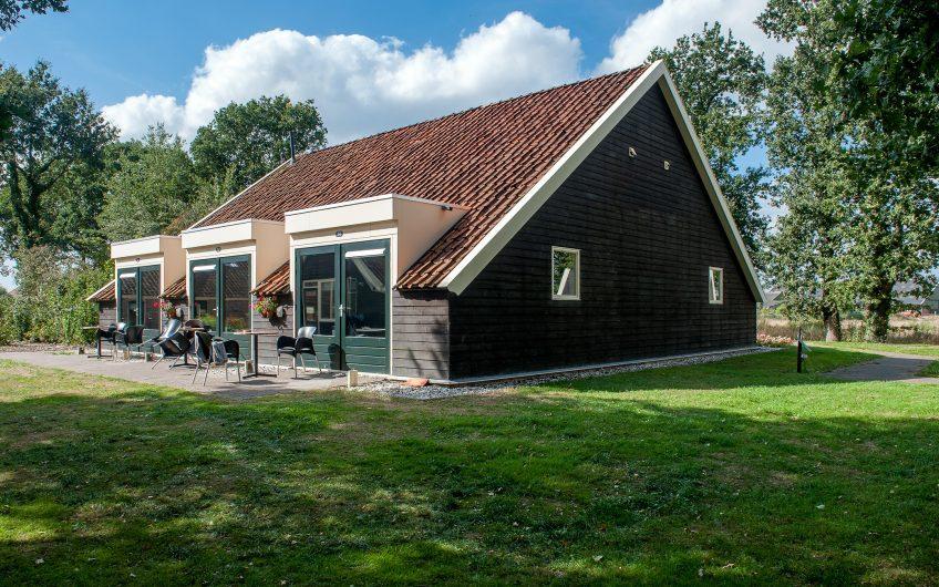 B&B Te Koop: Multifuntionele boerderij te koop aan de Vlagtwedderstraat 33 te Bourtange (Groningen)