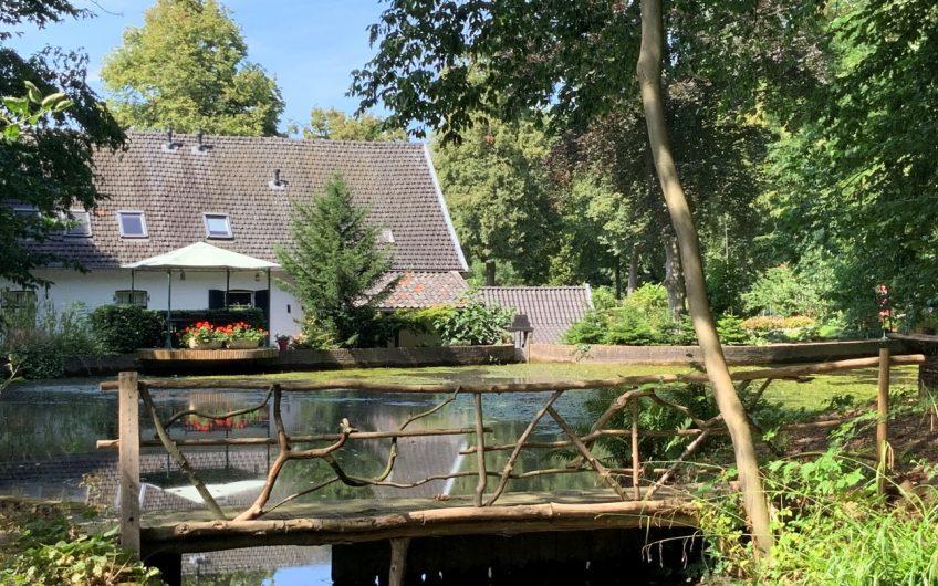 De Oliemolen te Heerlen en www.comfortabelrustpunt.nl zijn te koop