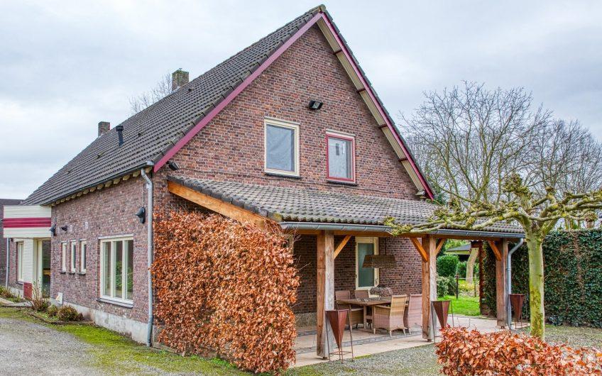Een mooie grote vrijstaande woning gelegen in Lomm (gemeente Venlo)